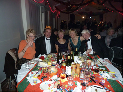 Hall party table1