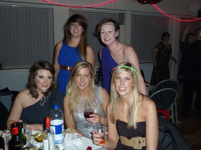 Hall party table2